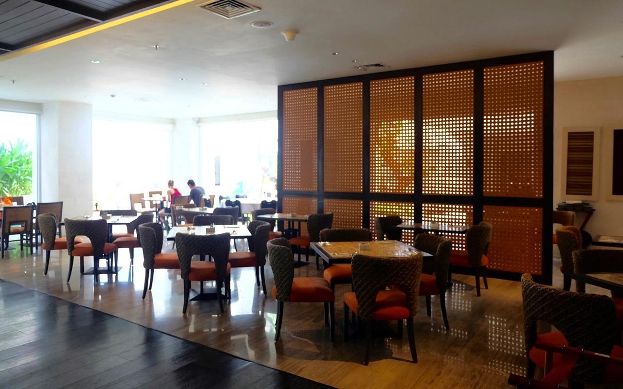 Tablespoon Restaurant Bali Paragon Hotel