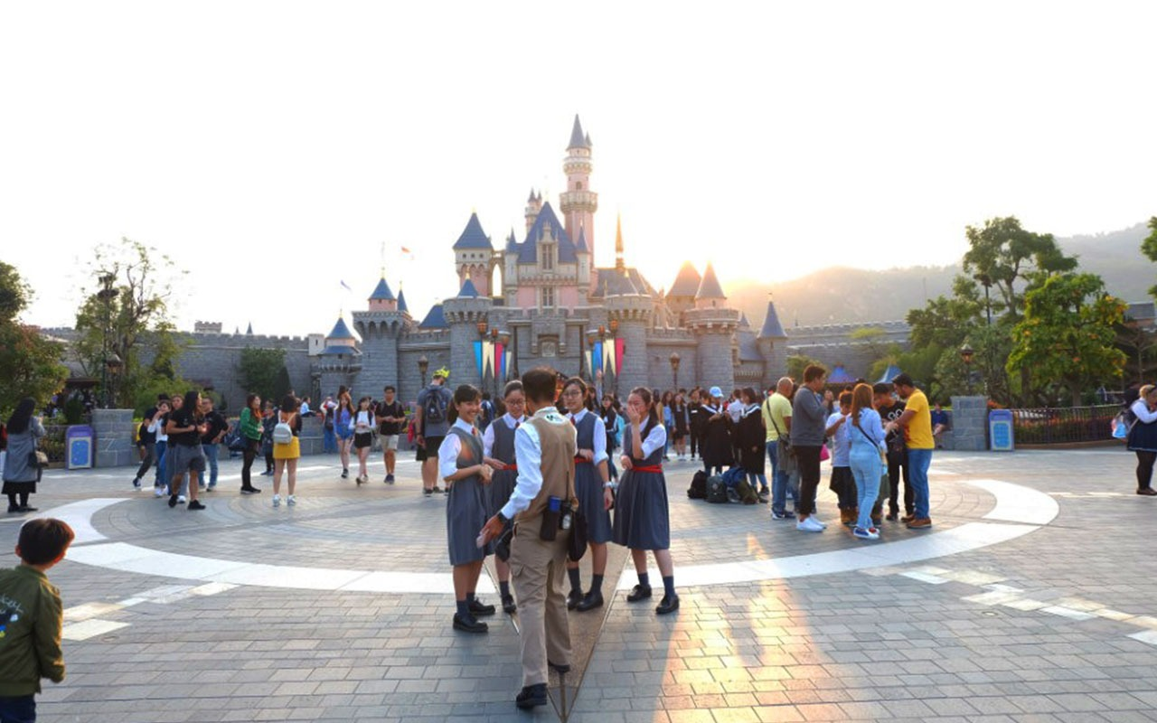 Sleeping Beauty Castle di Hong Kong Disneyland